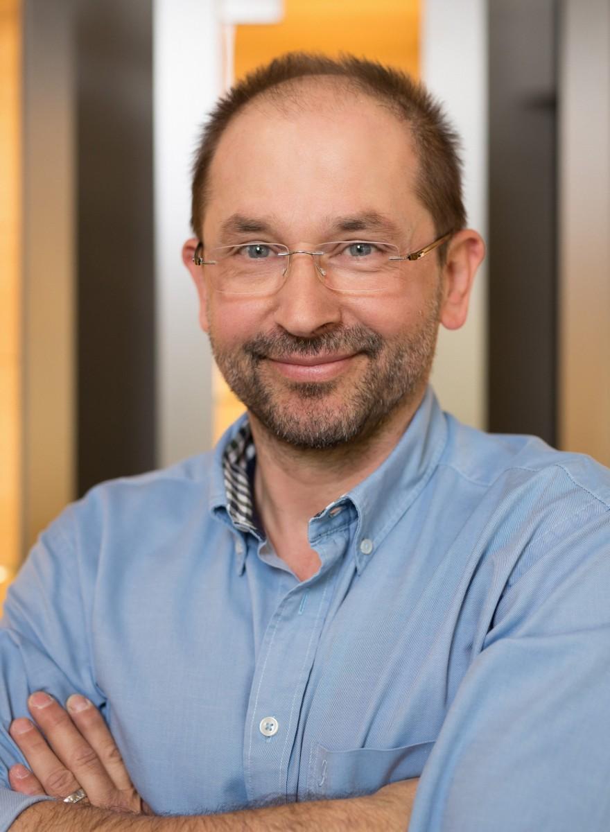 Portrait: Max Schöller, Uhrmachermeister, Fachgebiet Sonderanfertigungen